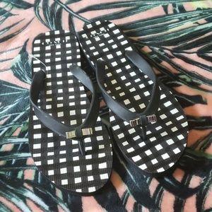 XOACH Black Flip Flops Size 9
